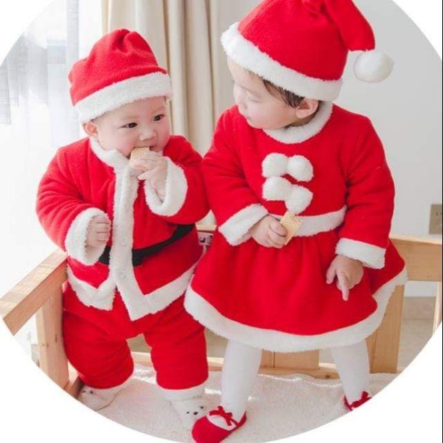 Hãy để các bé hóa thân thành ông già Noel trong dịp Giáng sinh