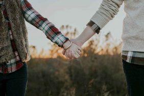 Tổng hợp thơ chế hay về tình yêu, tình bạn và cuộc sống