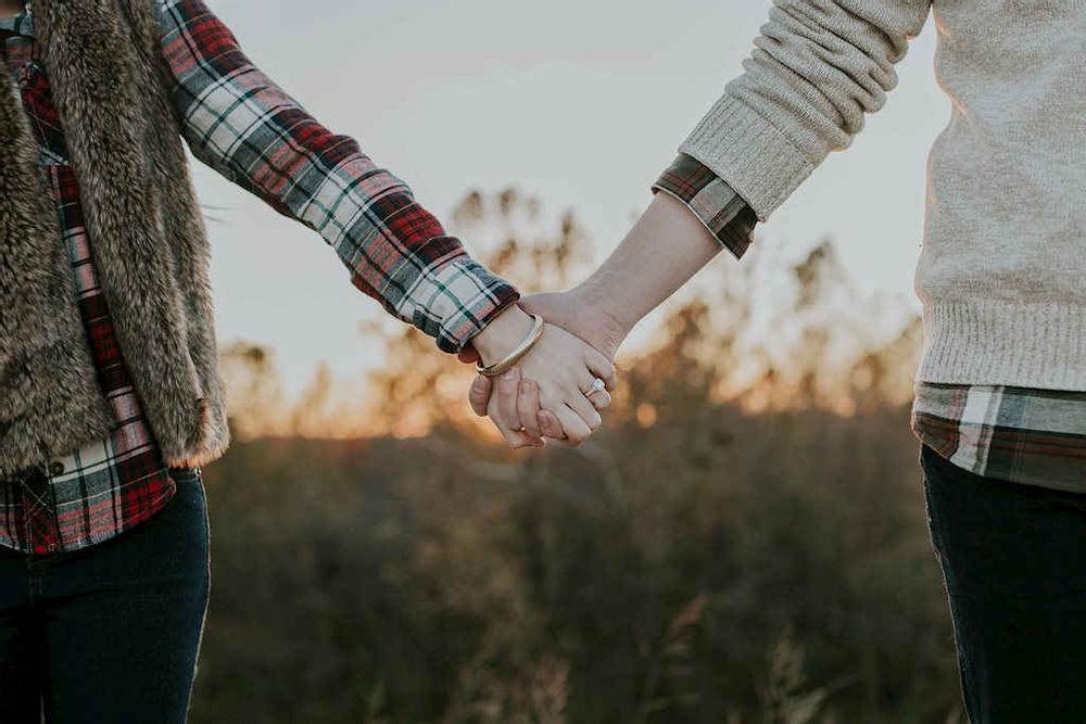 Tình yêu từ lâu luôn là một chủ đề muôn thuở rất hay và đem đến nhiều niềm vui