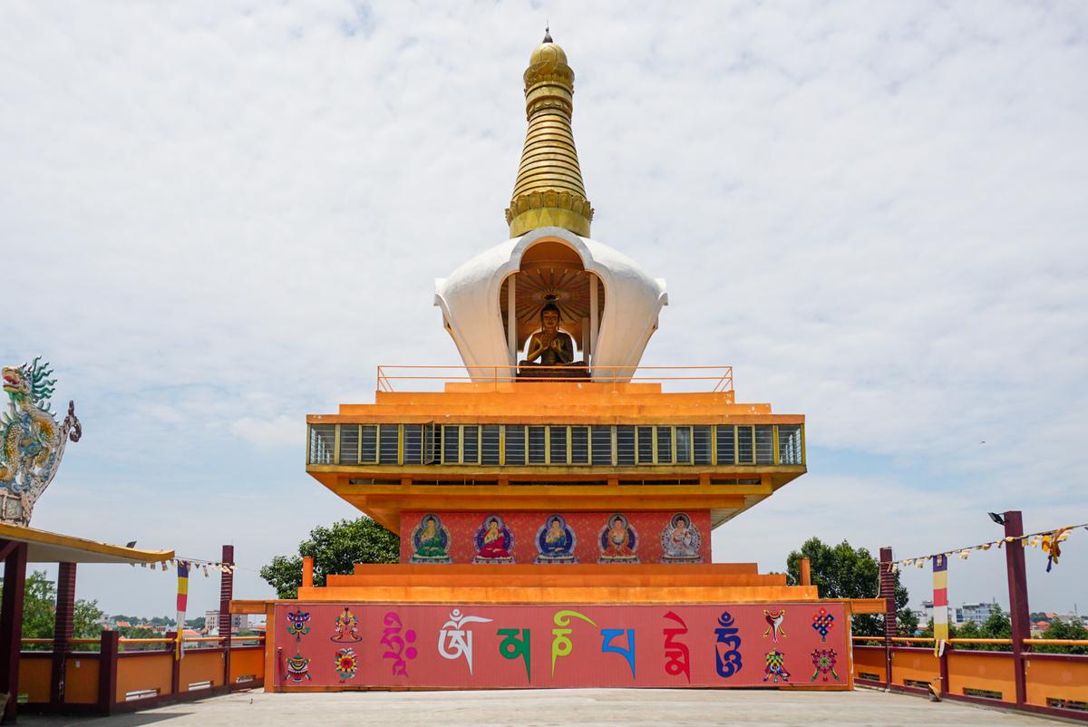 Tham quan chùa Hội Khánh, chùa Tây Tạng