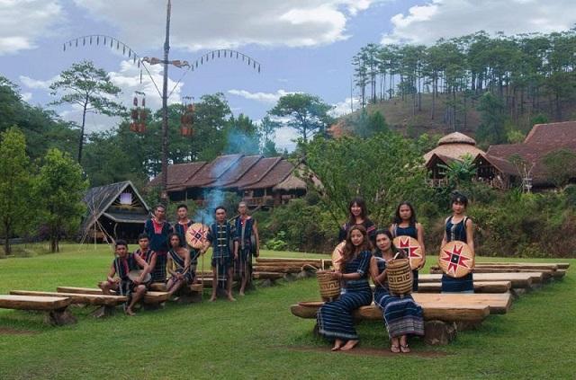 Khu du lịch văn hóa dân tộc Cù Lần - Đà Lạt