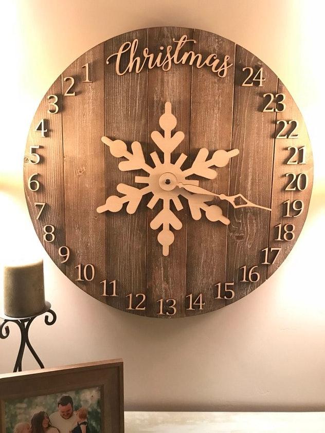Đồng hồ đếm ngược đến Noel sẽ là một điểm nhấn cho quán của bạn