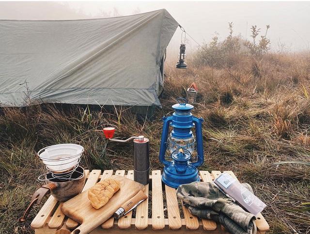 Cắm trại trên núi Lảo Thẩn