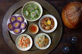 Món ngon ngày Tết miền tây: Mâm cỗ ngày đầu năm đậm hương quê
