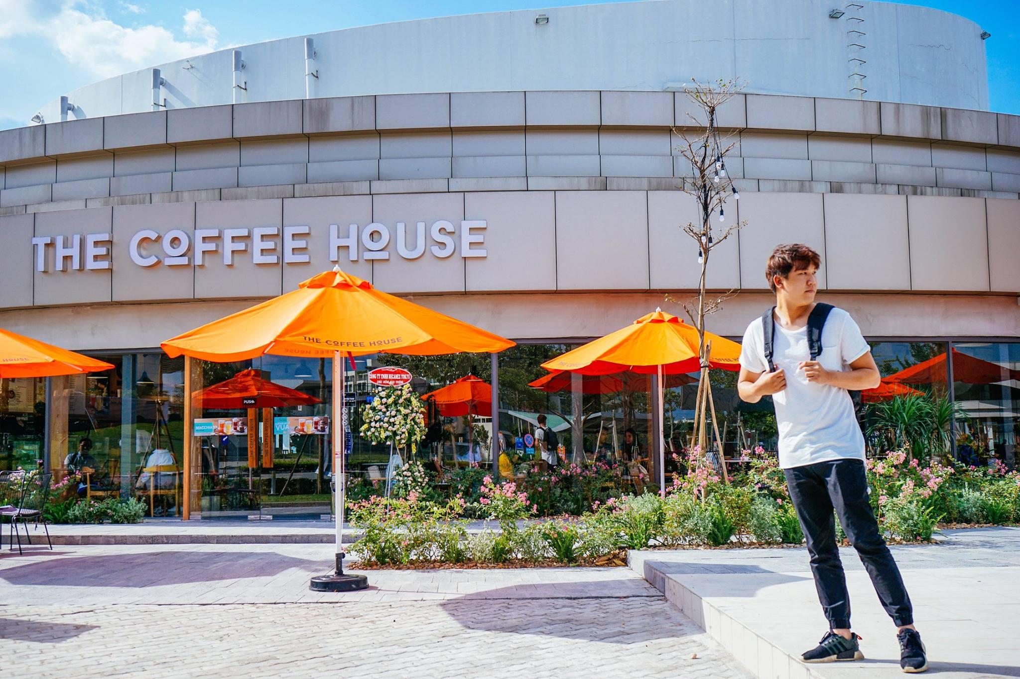 Background khá xịn cho những bức hình của bạn. Hình: The Coffee House