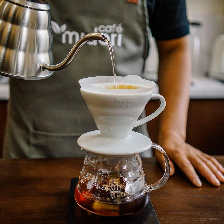 """Midori Cafe phục vụ những dòng """"Specialty-coffee"""" từ những loại hạt café Arabica. Hình: Midori Cafe"""