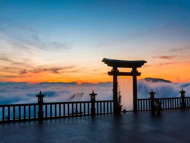 Cổng trời ở chùa Linh Quy Pháp Ấn. Ảnh: Internet