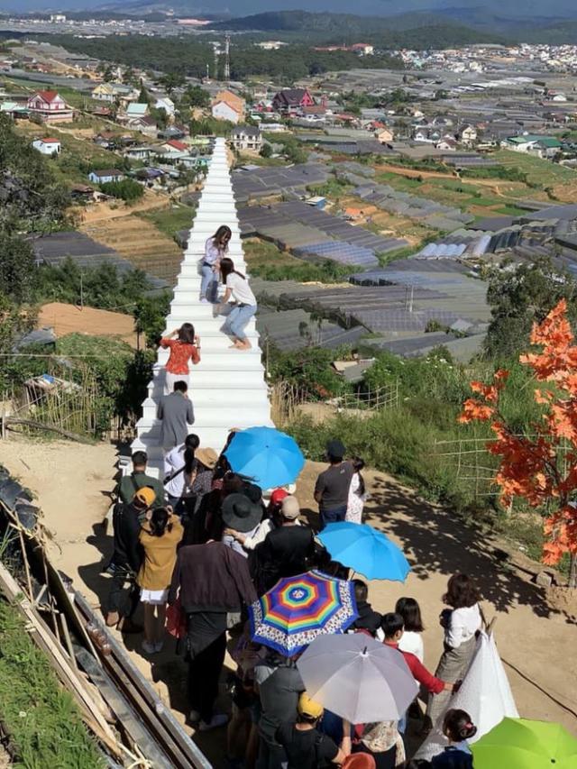 Tình trạng đông đúc ở Đà Lạt trong dịp Tết. Ảnh: Internet