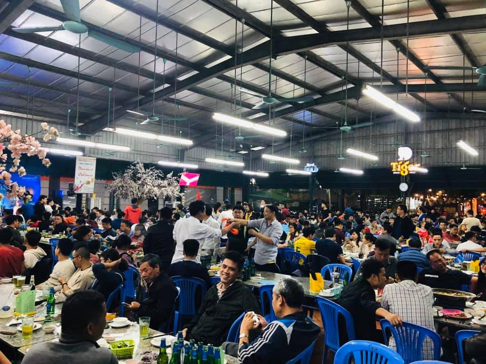 The attraction of Hai Xom Beer on weekends - Photo source: Internet