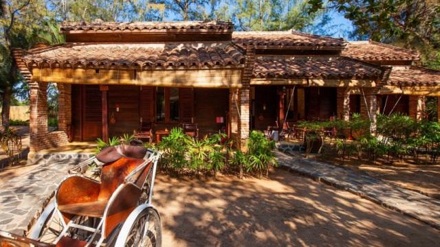 Resort tại Hồ Tràm, Vũng Tàu này lấy cảm hứng từ kiến trúc cổ Việt Nam. Ảnh: Internet