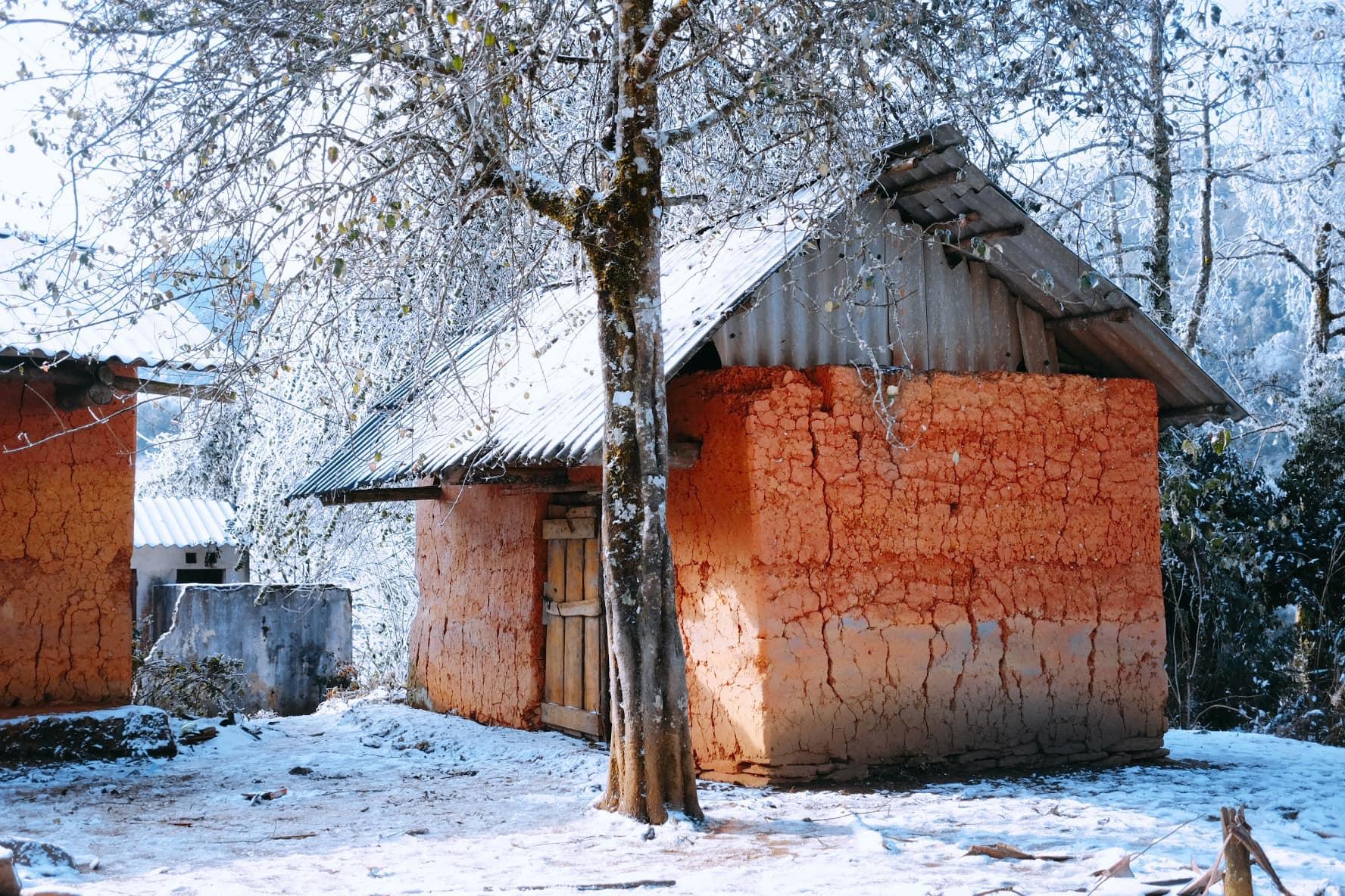 Yên bình cảnh tuyết rơi ở làng Nhị Hà - Nguồn ảnh: Nguyễn Quỳnh Trang Chu