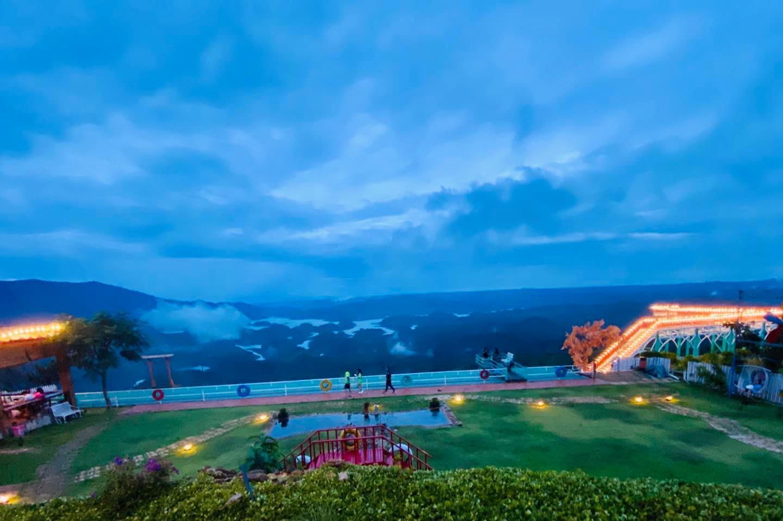 Đến hồ Tà Đùng khám phá vẻ đẹp đầy khoáng đạt của thiên nhiên - Nguồn ảnh: Internet