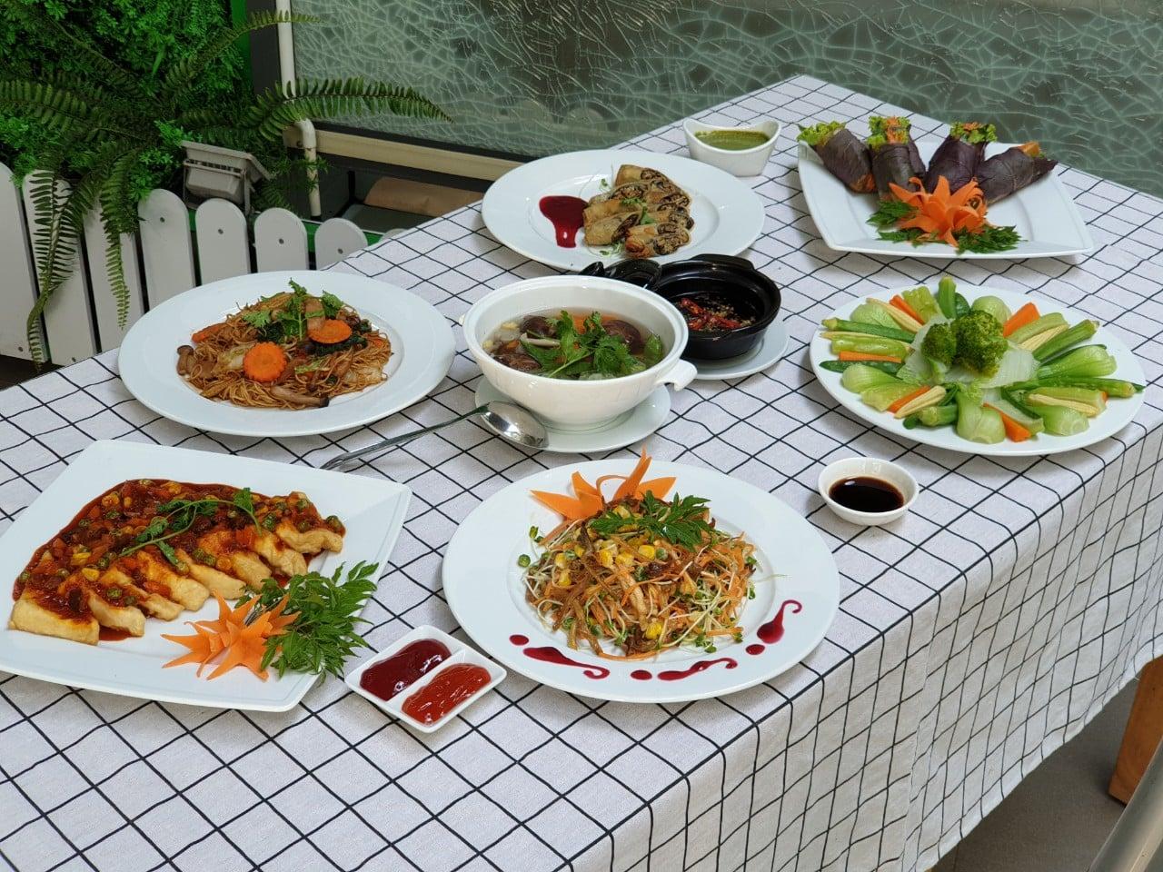 Các món ăn được bày biện đẹp mắt. Hình: Sưu tầm