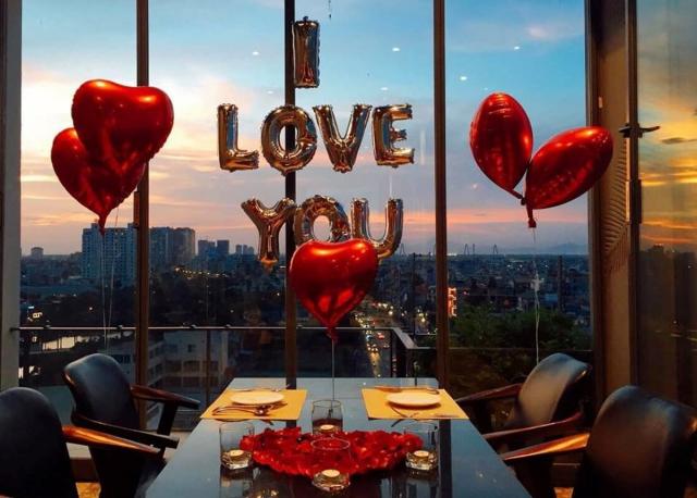 Ý tưởng trang trí quán cafe ngày valentine lung linh