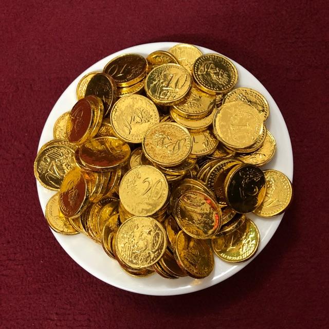 Socola đồng tiền huyền thoại mỗi dịp Tết. Hình: Sưu tầm