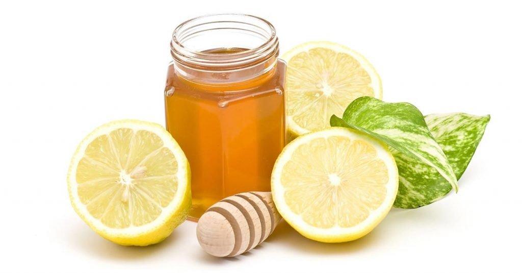 Nước chanh mật ong rất dễ uống và tốt cho sức khỏe