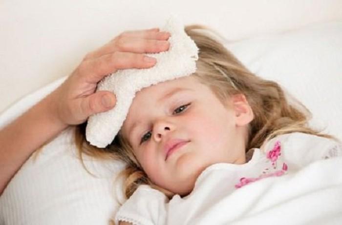 Phải làm gì khi con bạn bị cảm cúm?