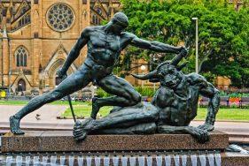 Những bức tượng khỏa thân khó hiểu nhất thế giới