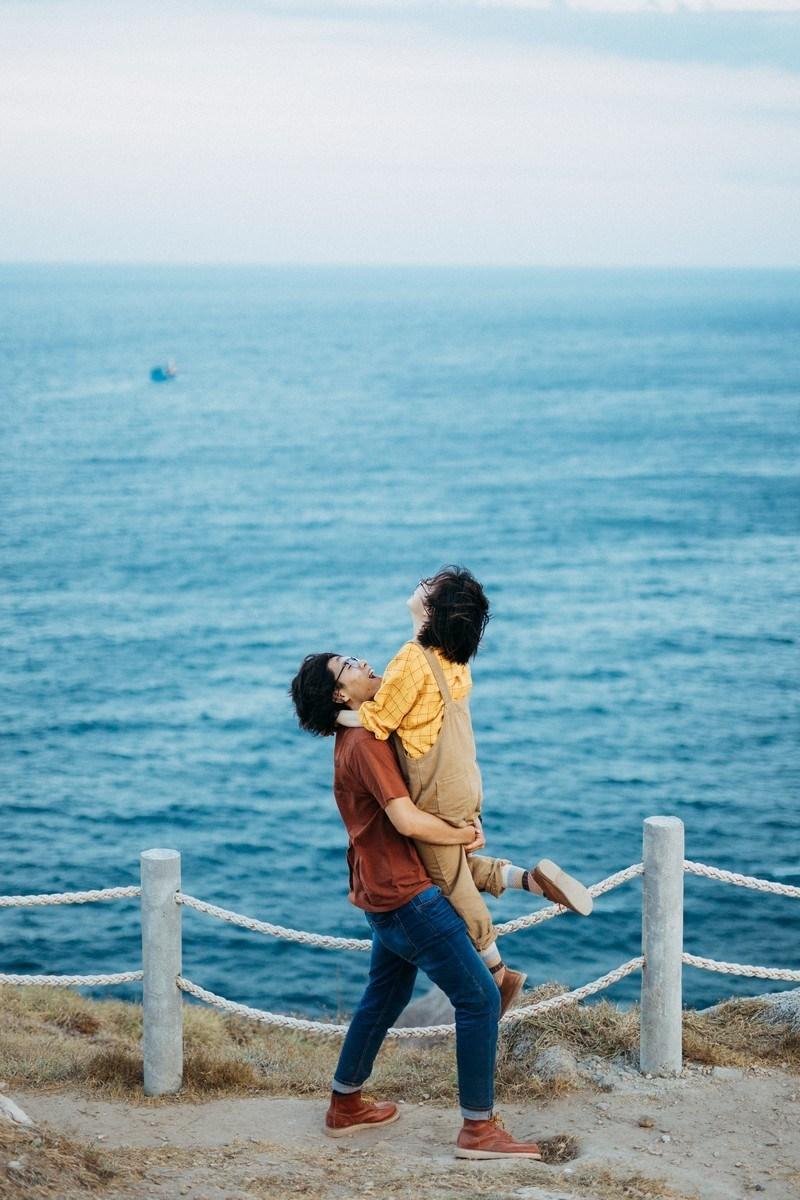 Thỏa sức vui đùa cùng biển Nha Trang. Hình: Sưu tầm