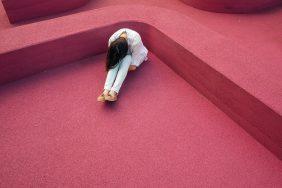 Cách để không cảm thấy vô dụng khi mất việc