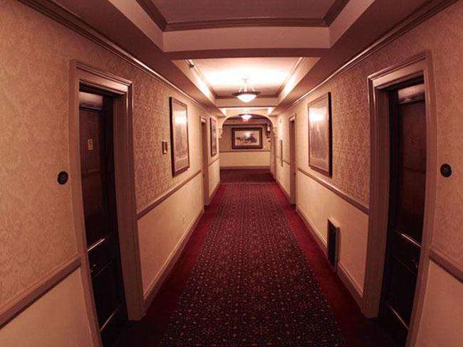 Không nên chọn phòng khách sạn ở cuối dãy - Nguồn ảnh: Internet