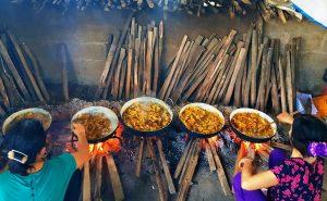 Khám phá những món ăn đặc sản Huế ngày Tết
