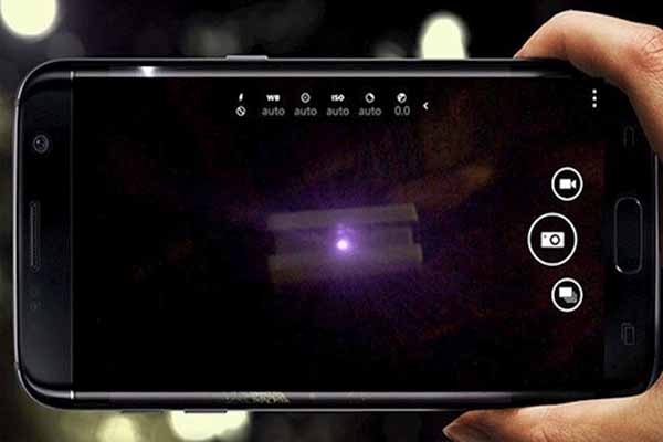 Nhờ sự hỗ trợ từ các App có chức năng phát hiện camera quay lén - Nguồn ảnh: Internet