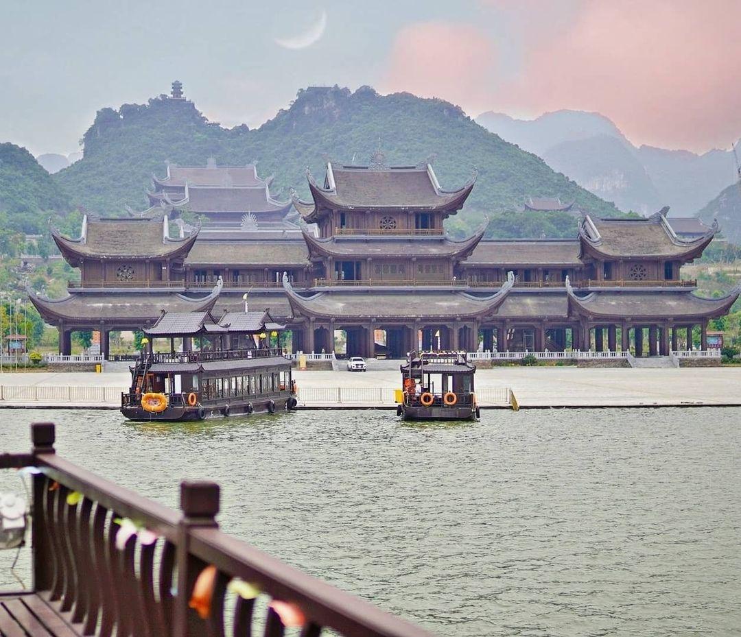 Hình ảnh núi Tam Chúc
