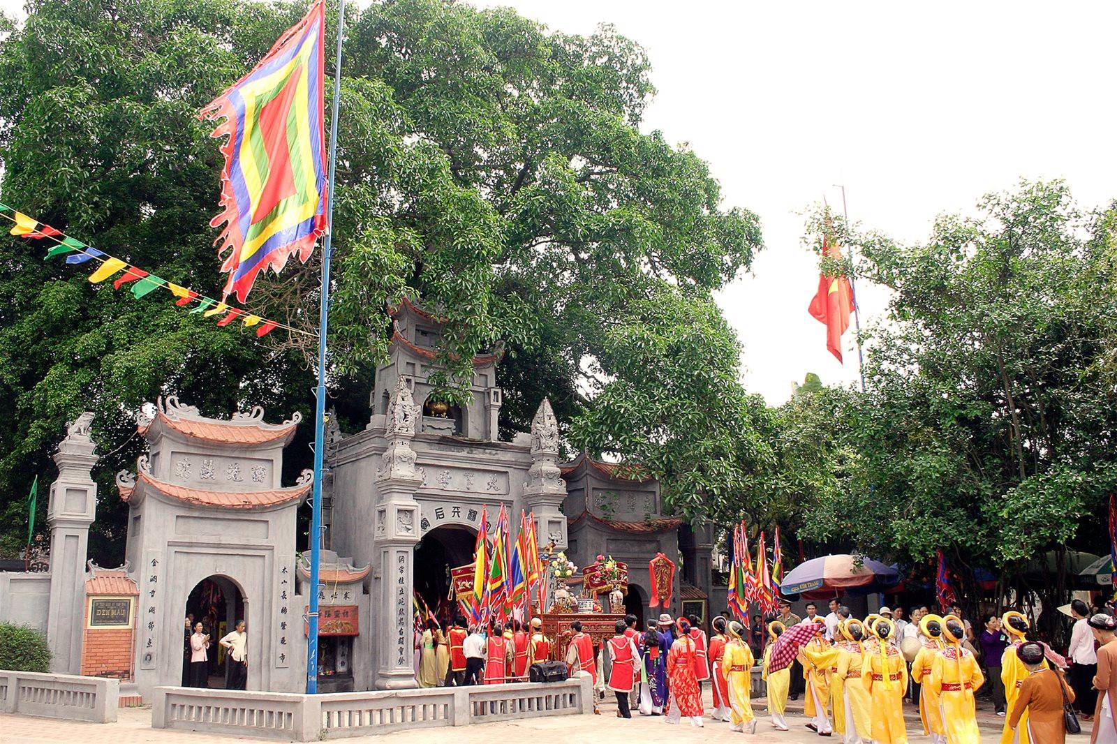 Hình ảnh lễ hội Đền Trần