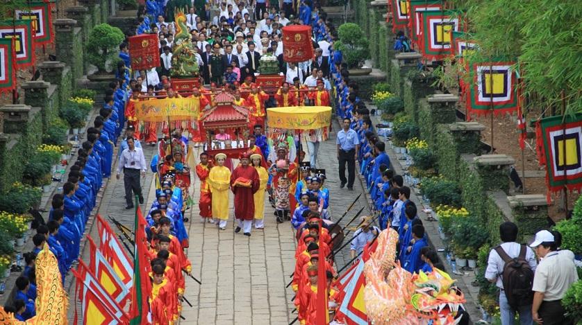 Lễ hội Đền Hùng được tổ chức long trọng hàng năm