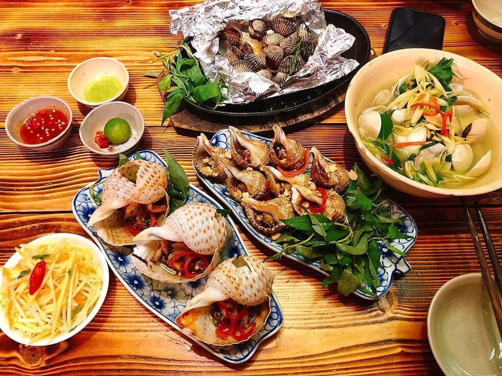 Chọn những nhà hàng hải sản uy tín. Hình: Sưu tầm