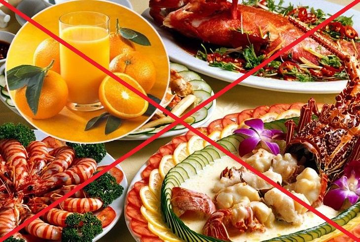 Không ăn hải sản và uống nước hoa quả cùng lúc. Hình: Sưu tầm