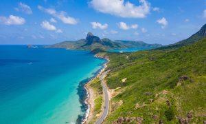 'Cháy' vé máy bay tới Côn Đảo