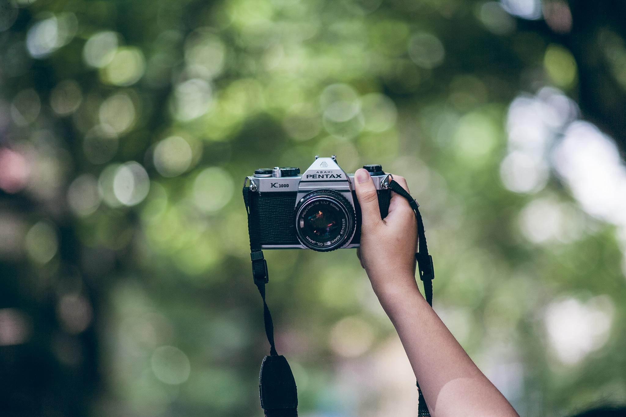 Hướng dẫn cách chụp máy ảnh film khi đi du lịch chuẩn đẹp