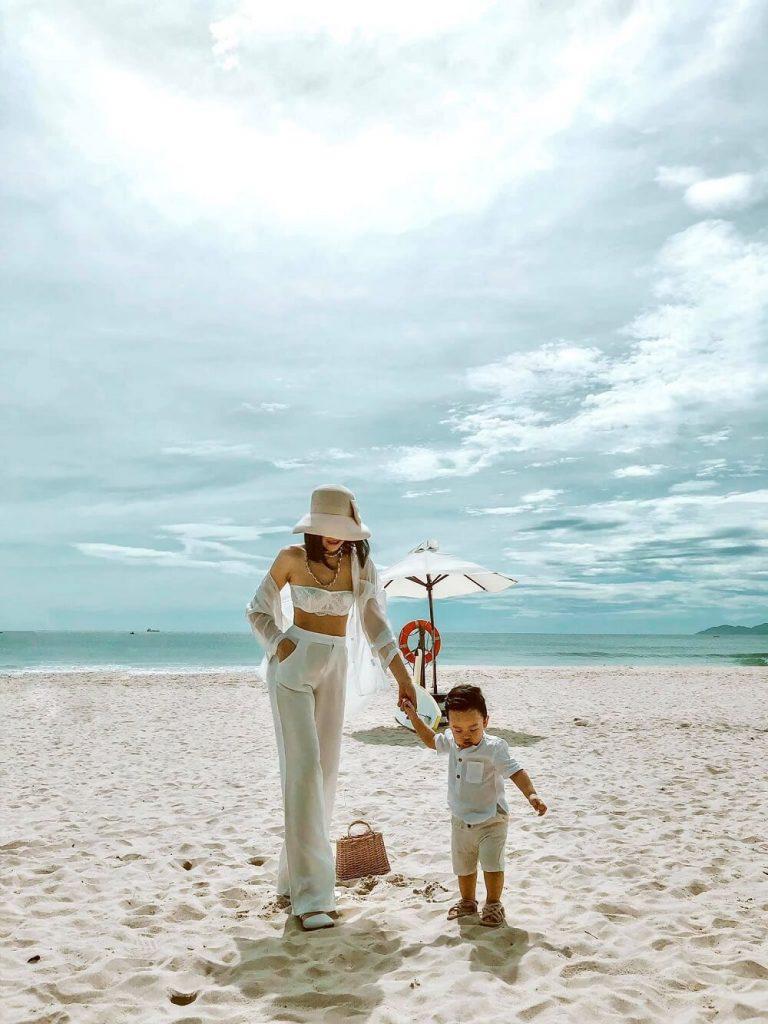 Gia đình du lịch Đà Nẵng. Hình: Sưu tầm
