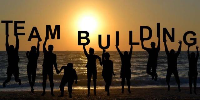Team building là gì? Mục đích, ý nghĩa của team building như thế nào?
