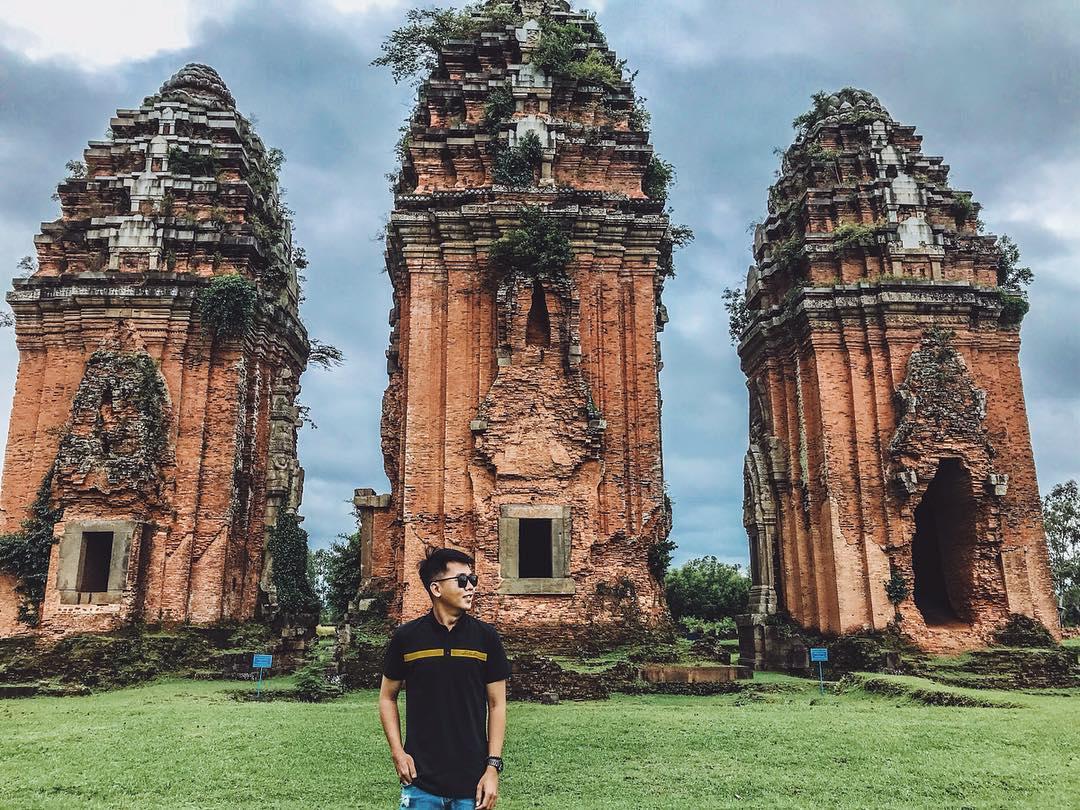 Đây là cụm tháp được xây bằng gạch cao nhất Đông Nam Á hiện còn tồn tại. Hình: @________t.u.a.n___k.i.e.t_