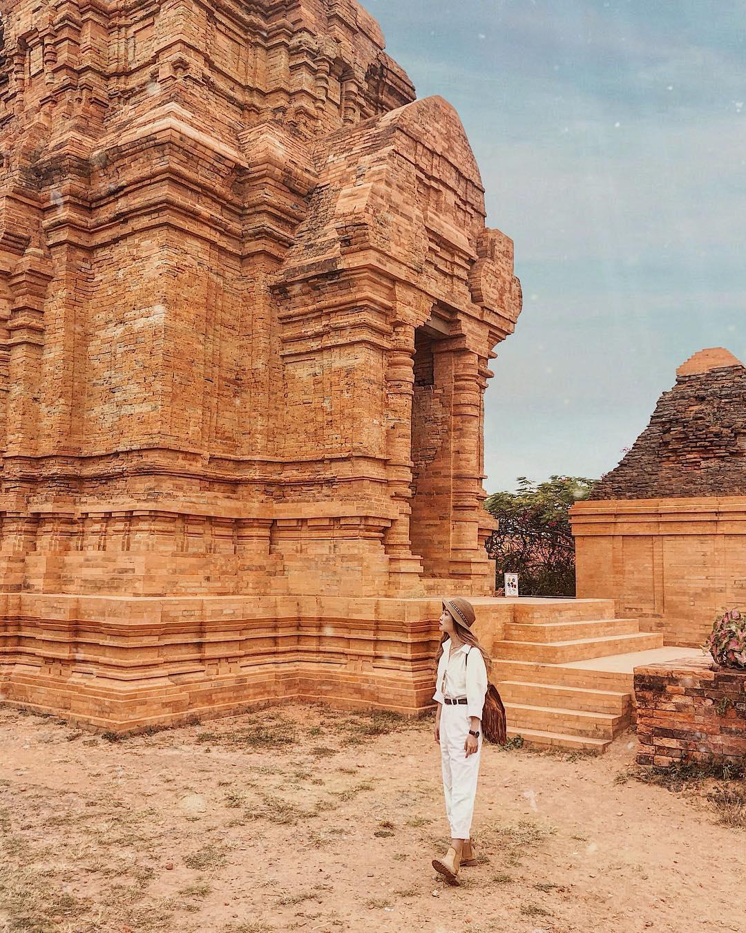 Tháp Poshanu vẫn giữ nguyên được kiến trúc độc đáo. Hình: Sưu tầm