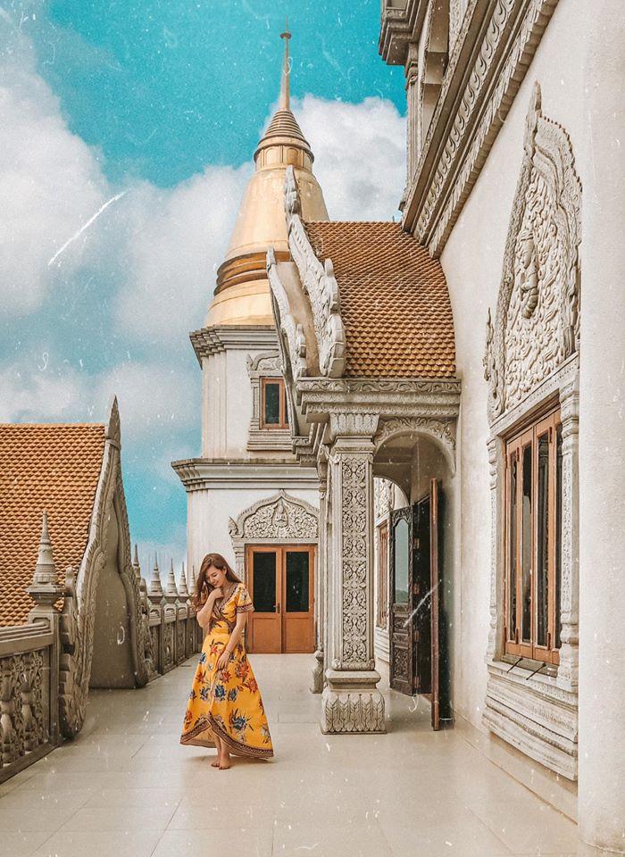 Góc nào của chùa Bửu Long lên hình cũng đẹp. Hình: Eira Vu