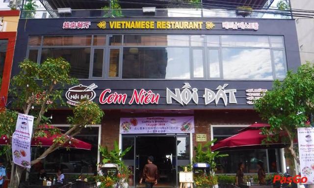Cơm Niêu Nồi Đất nổi tiếng với thực đơn thuần Việt. Ảnh: Internet