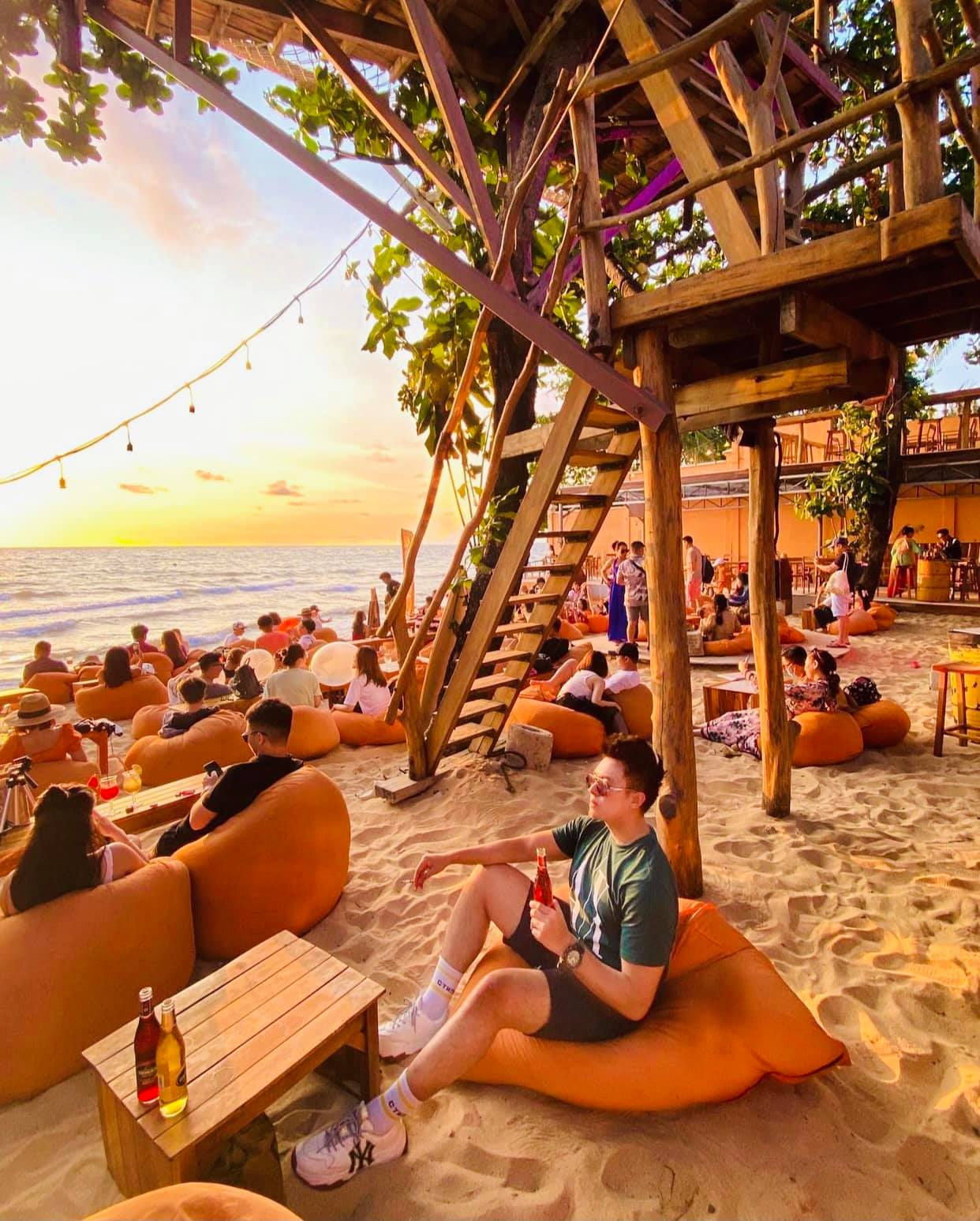 OCSEN Beach Bar & Club. Hình: Sưu tầm