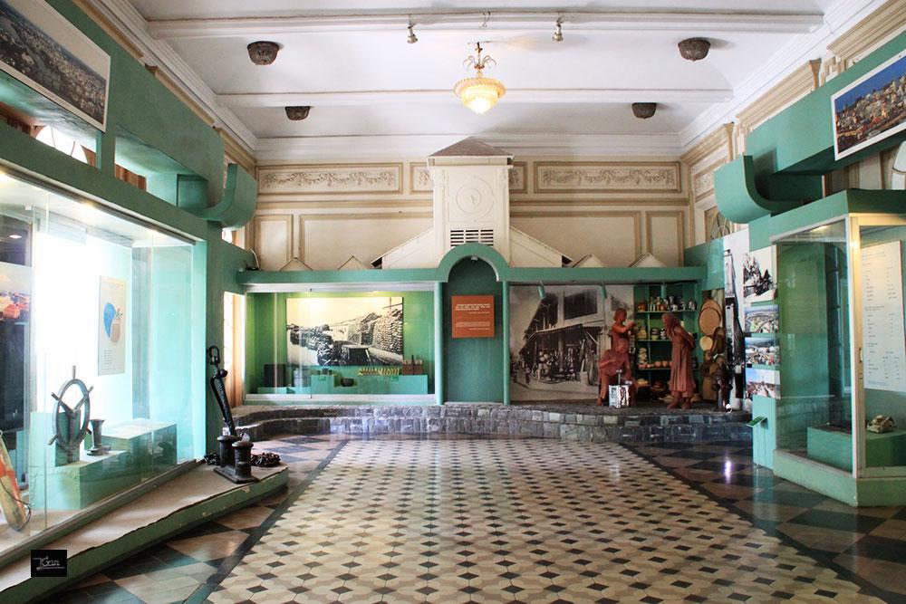 Khu trưng bày bên trong bảo tàng Thành phố Hồ Chí Minh. Hình: Sưu tầm