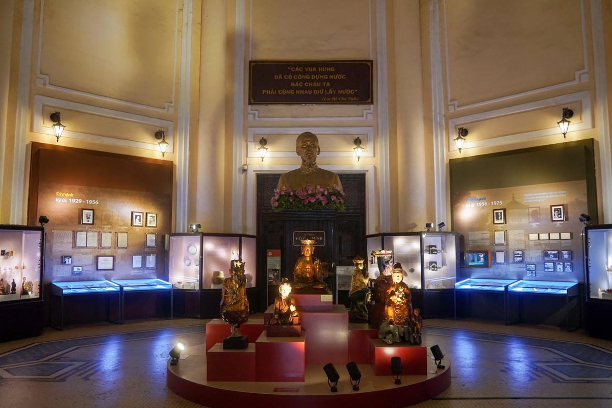 Khu trưng bày bên trong bảo tàng Lịch Sử Việt Nam. Hình: Sưu tầm