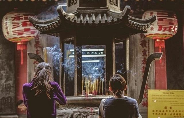 Lễ chùa đã trở thành một nét đẹp văn hóa trong tâm thức mỗi người dân Việt Nam