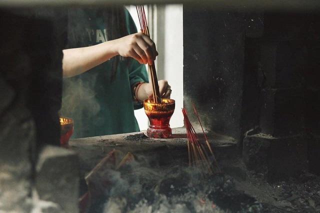Tới chùa để tận hưởng sự thanh tịnh và bình yên giữa một Hà Nội ồn ào, vội vã
