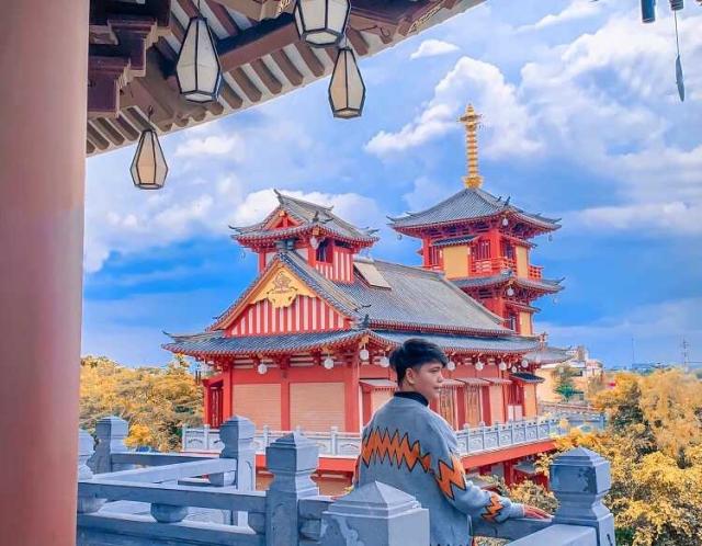 Không chỉ linh thiêng, Tu viện Khánh An tại Quận 12 còn có kiến trúc đẹp mắt. Ảnh: Internet