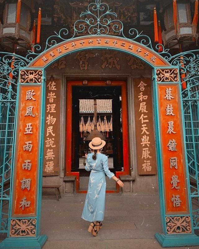 Đi chùa cầu duyên không cần mặc đẹp mà phải kín đáo, chỉn chu. Ảnh: Internet