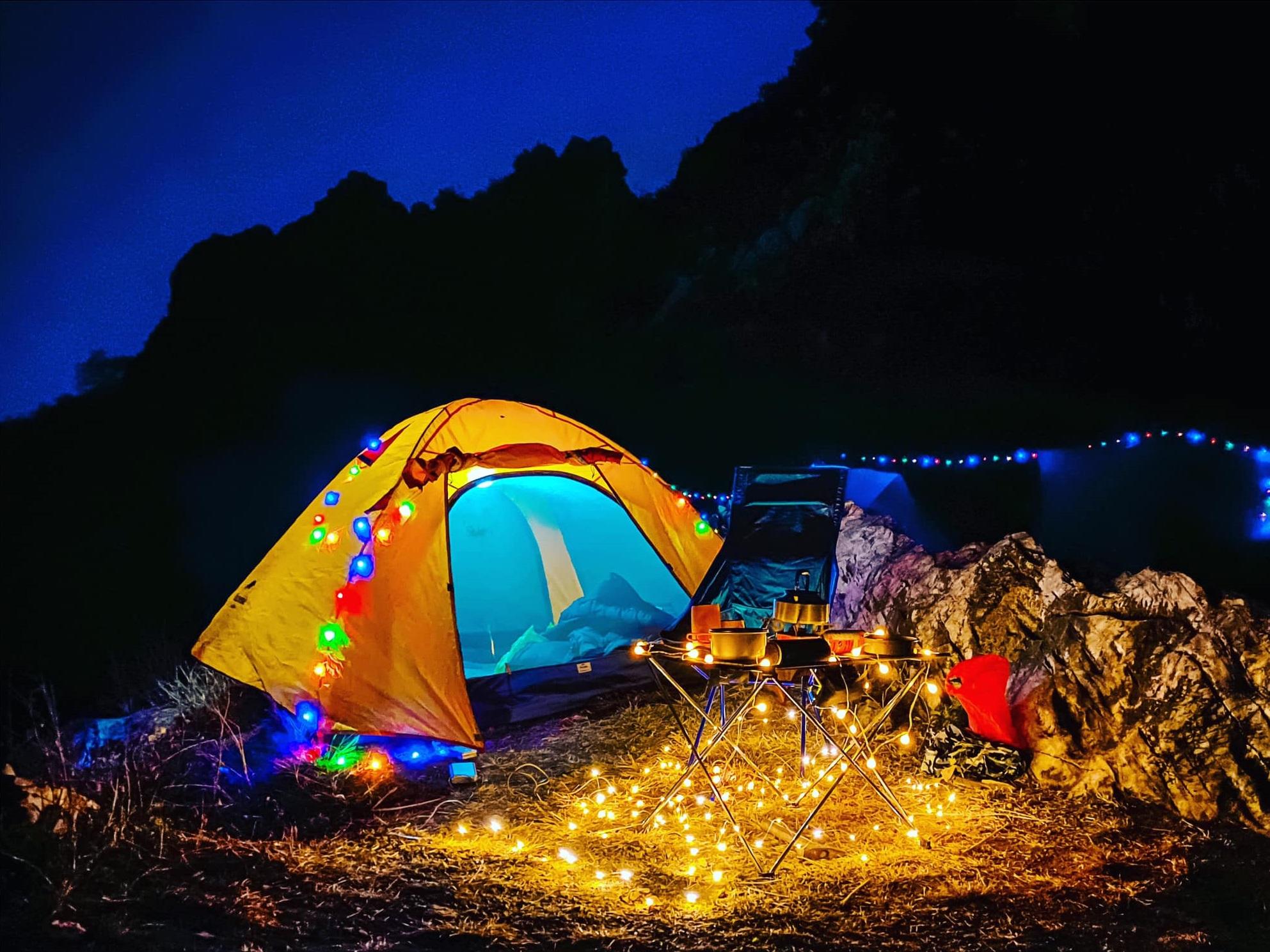 Đây cũng là một địa điểm cắm trại siêu xịn cho team du lịch bụi nha. Hình: Sưu tầm