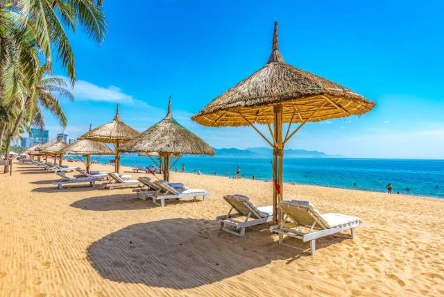 Du lịch hè ở nơi có chỉ số tia UV độc hại cần nhớ những điều này!