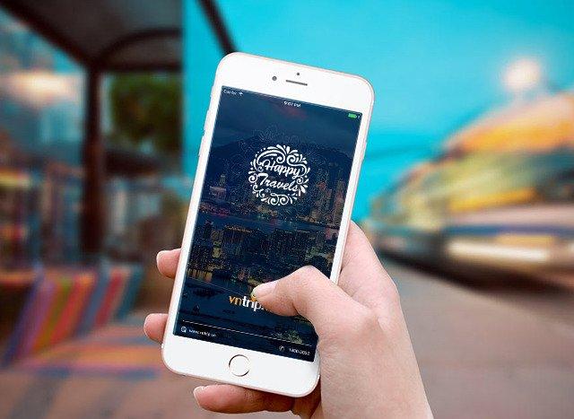 Đăng kí nhận thông tin voucher từ các công ty du lịch. Hình: Sưu tầm